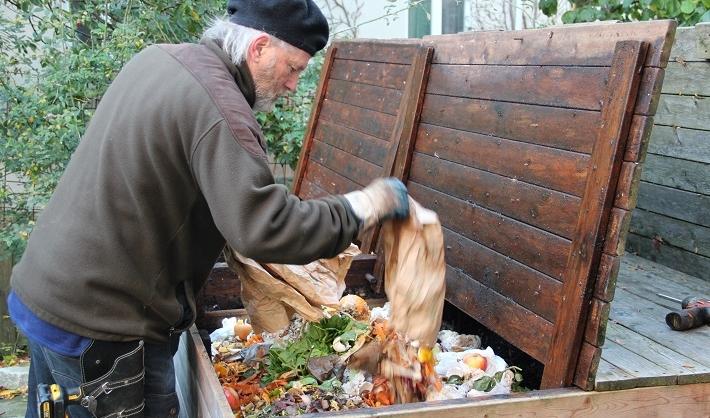 Kompostör – ett yrke som kräver fingertoppskänsla