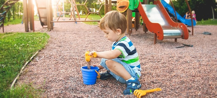 Ny studie: Farligt dålig luft på förskolegårdar
